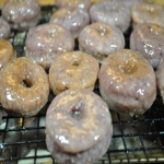 ube donuts T